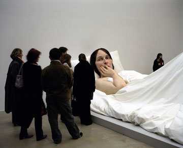 Ron Mueck In Bed Size