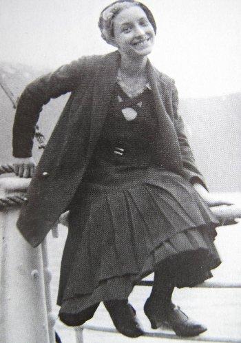 Louise bourgeois artista malgrado tutto - Bourgeois foto ...